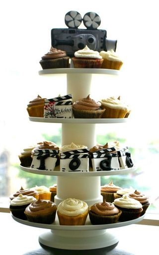 wedding-cupcakes-sugar-flower-cake-shop