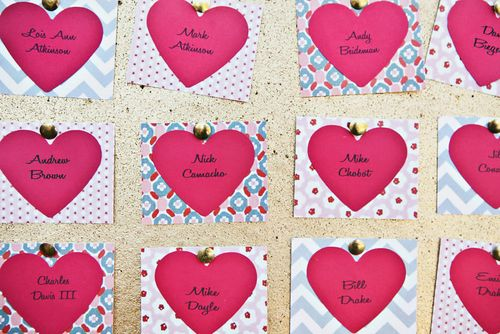 heart-escort-card-ideas-postcards