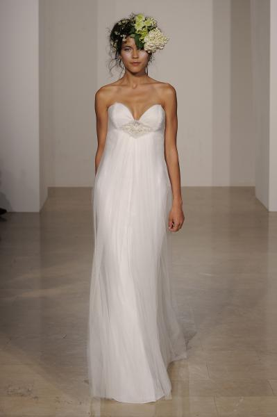 strapless-sweetheart-douglas-hannant-wedding-dress