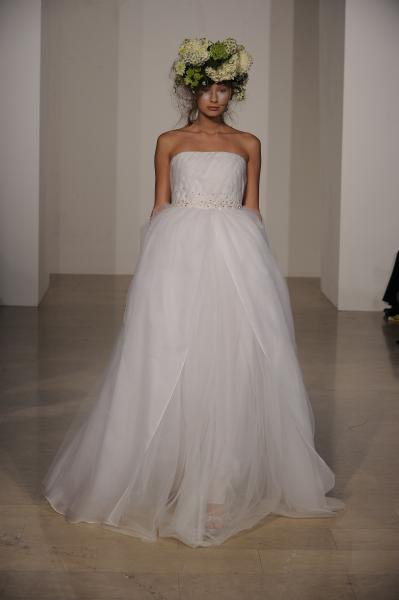 strapless-full-body-wedding-dress