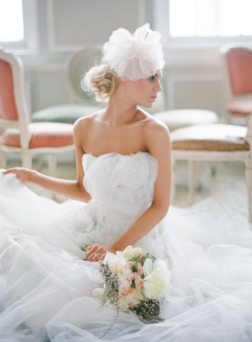 bridal=styling-vintage-headpeice-veil
