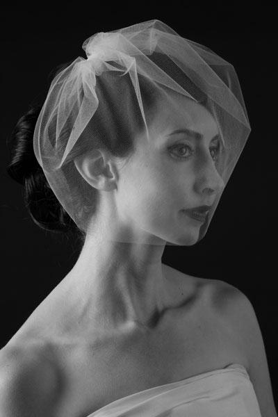 gathered-tulle-blusher-veil