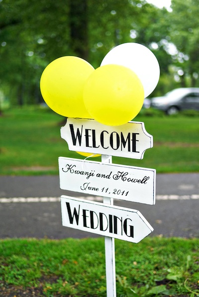 Yellow-White-Wedding-Sign-Balloons