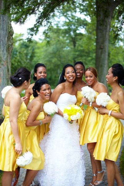 Bridesmaid Dresses Yellow With And White Flowers