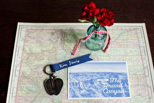 new york city-vignettes-grand canyon-keychain-map