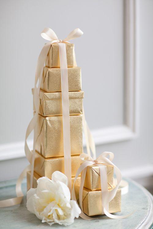 -wedding-decor-favor table-DIY-boxes