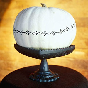 white-pumpkin-painted-decorative