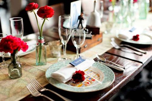 place-setting-road trip-centerpeice-wedding-inspiration-Elvis-Nashville-antiques