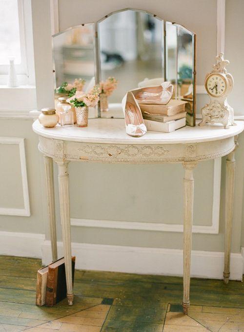 white-pink-wedding-ideas