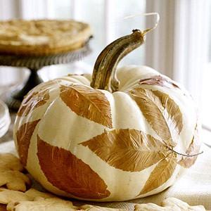 Pumpkin-leaf-wedding-diy-centerpiece