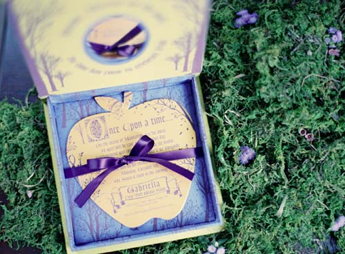 fairytale-invites-moss-decor-once-upon-a-time