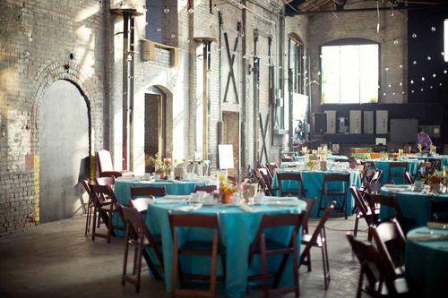hudson-basilica-string-lights-blue-tablecloths