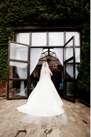bride-father-walking-down-the-aisle-foundry