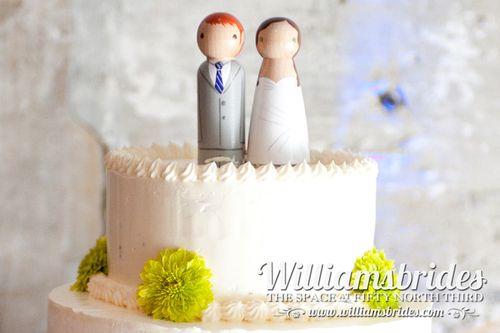 wooden-cake-topper-wedding
