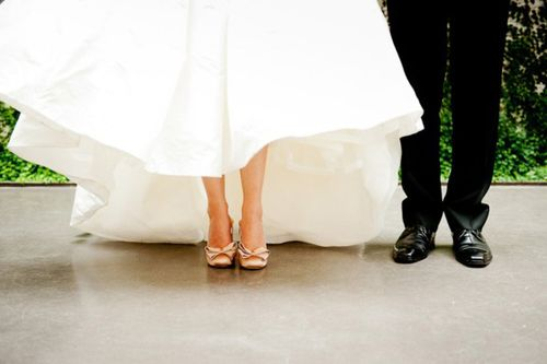 bride-groom-feet