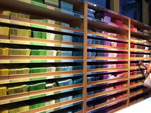 envelopes-custom-colorful-paper-store-NYC-source-colors-custom-stationary-wedding-design-greeting-cards