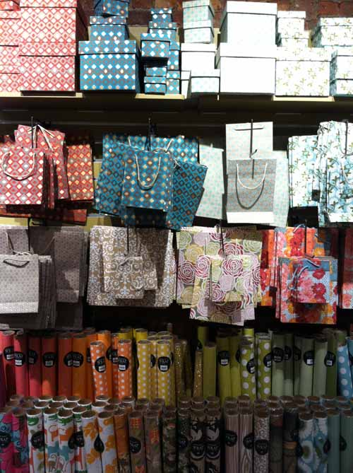 bags-box-gift-wrapping-decoration-decorative-paper-store-source-NYC-soho-wedding-stationary-patterns