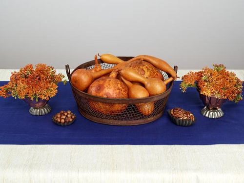 thanksgiving-centerpieces-golds-blues