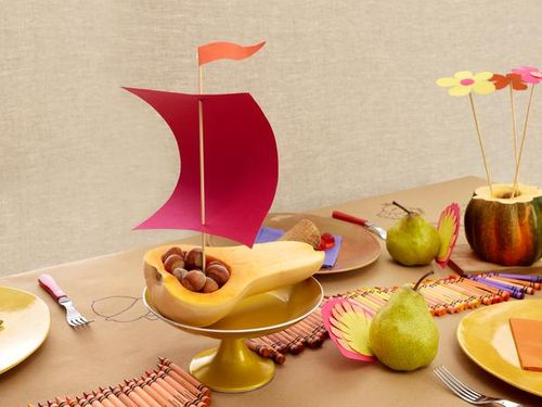 kids-table-thanksgiving-centerpieces-sqush-boat-centerpieces-pear-turkey-centerpieces-squash-vase