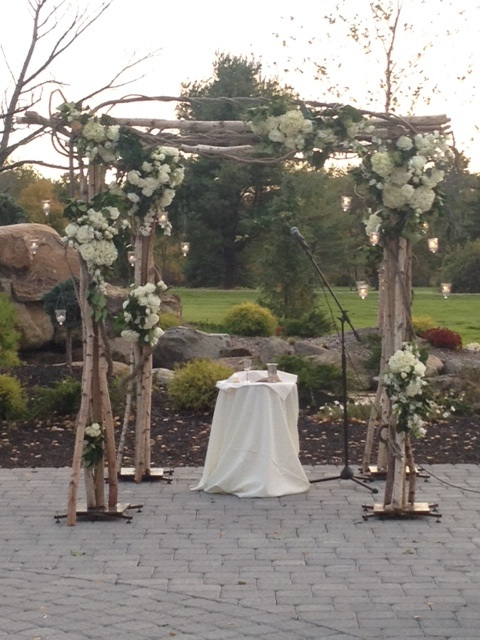 garden-woodsy-white-chuppah-birch-inspired